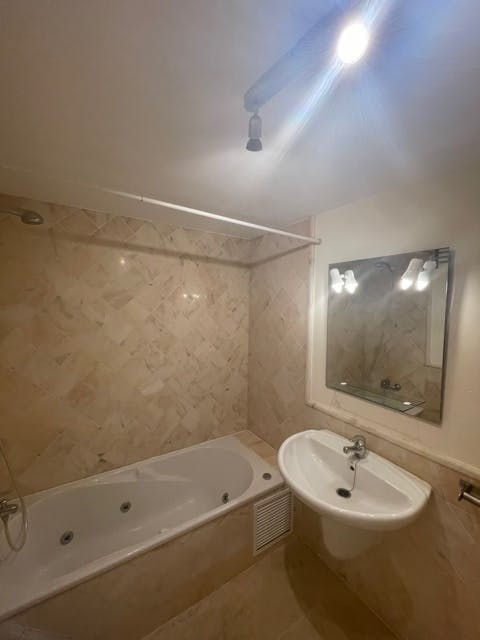 Image of property TR281 (18)