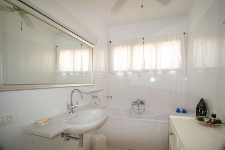 Image of property T249 (15)