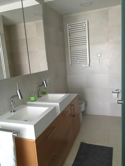 Image of property T242 (16)
