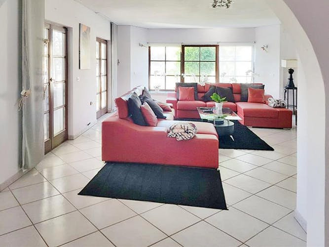 Image of property T135 (9)